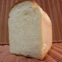 イギリス食パン バリっともっちり香ばしい小麦の味わい(185円)